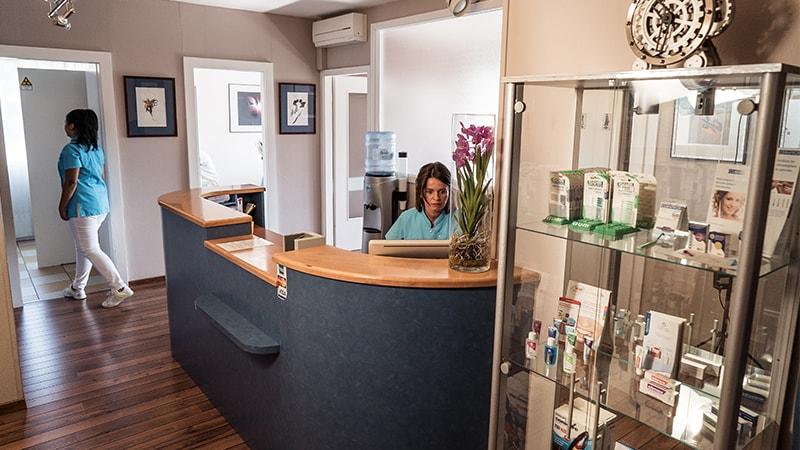 Clinique-Dentaire-Geneve_Traitements-de-racine02